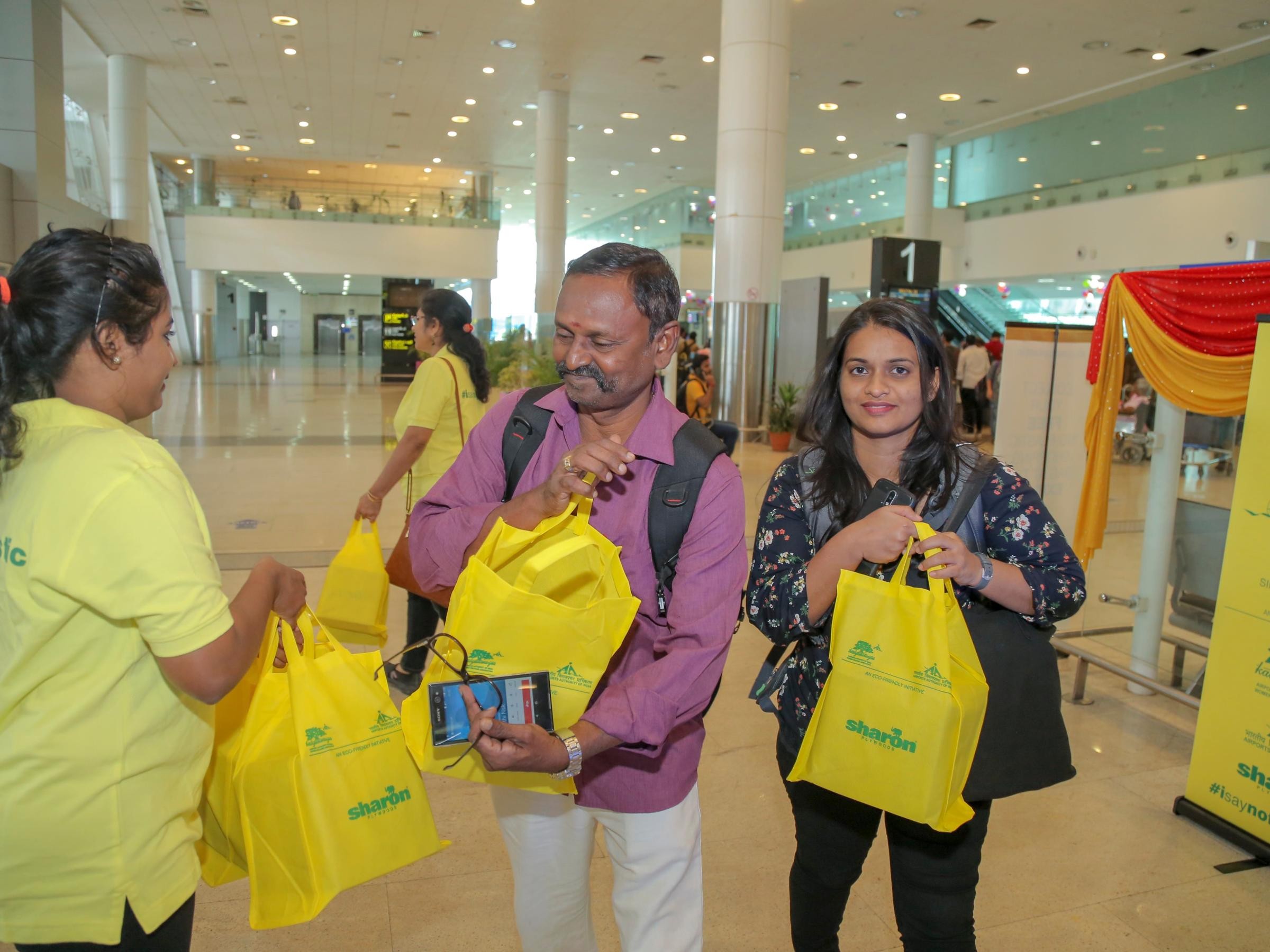 Multi use bags giveaway in Airport By Sharonply